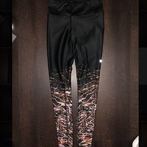 ALO High waisted airbrush legging-engineered print